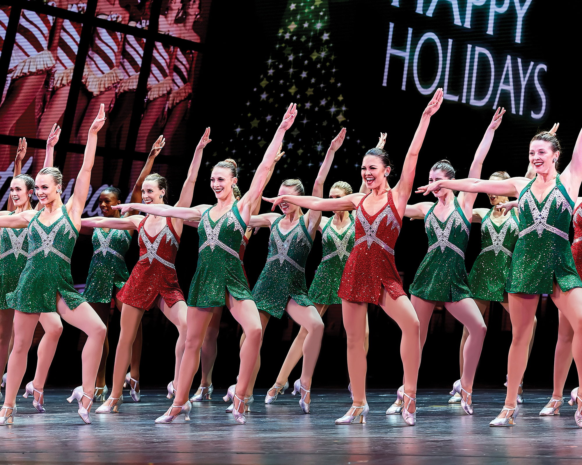 ChristmasSpectacular19_productionphotos_2000x1600_7_RCCS_110718_3510.jpg