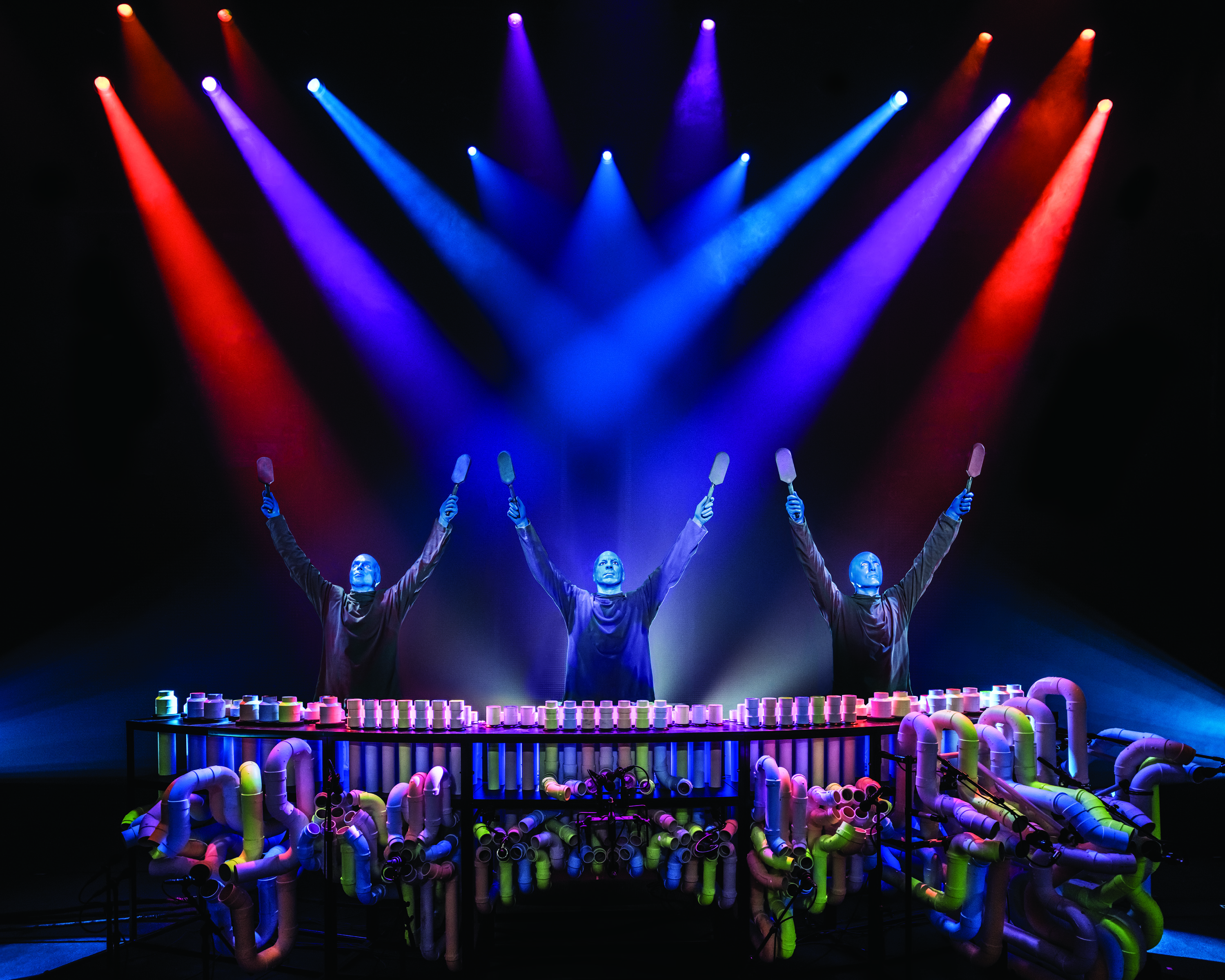 BlueMan_photo_PVCArmsUp_10x8.jpg.jpg