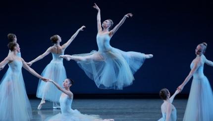 George-Balanchines-Serenade_Photo-by-Paul-Kolnik.jpg